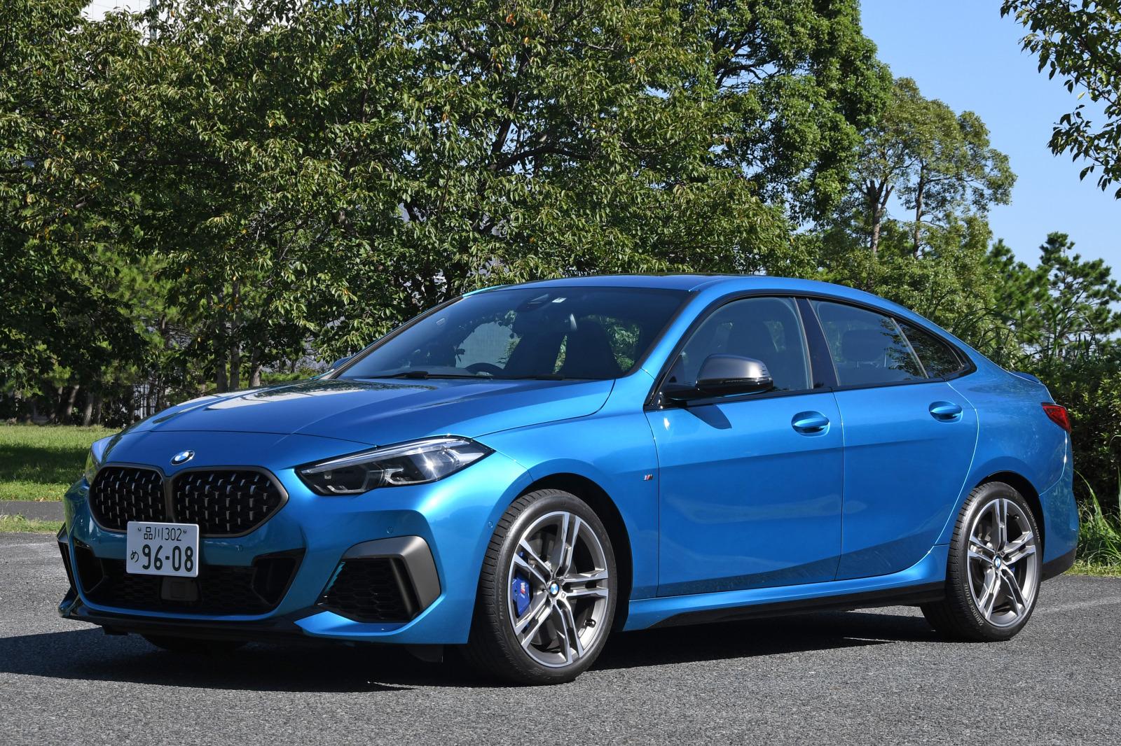 「FFベース4WDの味付けに開眼したBMW 【BMW M235i Xドライブ グランクーペ試乗】」の1枚目の画像