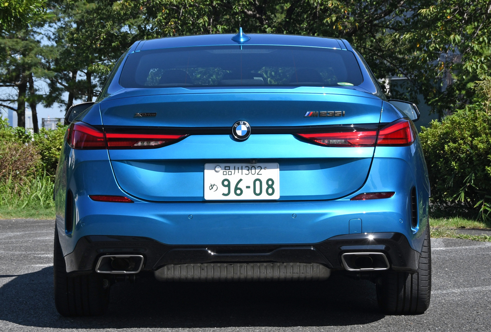 「FFベース4WDの味付けに開眼したBMW 【BMW M235i Xドライブ グランクーペ試乗】」の9枚目の画像