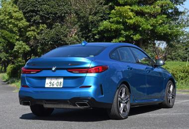 BMW M235i XGC後ろ7/3