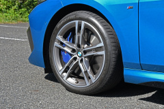 BMW M235i XGCタイヤ