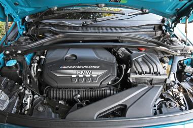 BMW M235i XGCエンジン