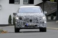 「メルセデス・ベンツ最大のEVクロスオーバー「EQS SUV」発売へ! 開発車両をキャッチ」の10枚目の画像ギャラリーへのリンク