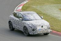 14.1インチ湾曲スクリーン搭載か? ジャガー E-Pace改良型をキャッチ - Jaguar E-Pace facelift 4
