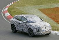 14.1インチ湾曲スクリーン搭載か? ジャガー E-Pace改良型をキャッチ - Jaguar E-Pace facelift 5