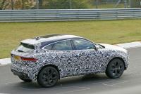 14.1インチ湾曲スクリーン搭載か? ジャガー E-Pace改良型をキャッチ - Jaguar E-Pace facelift 9