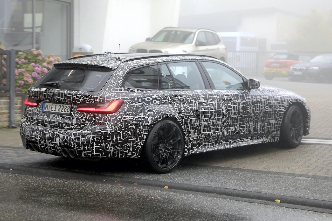 「2022年発売へ! BMW M3初のツーリング、最新プロトタイプをキャッチ」の7枚目の画像