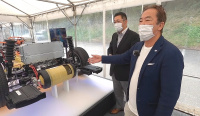 トヨタ・新型ミライの水素燃料電池・フューエルセル技術を清水和夫と学ぶ!【SYE_X】 - kazuoshimizu_miraiprot_fcv_08