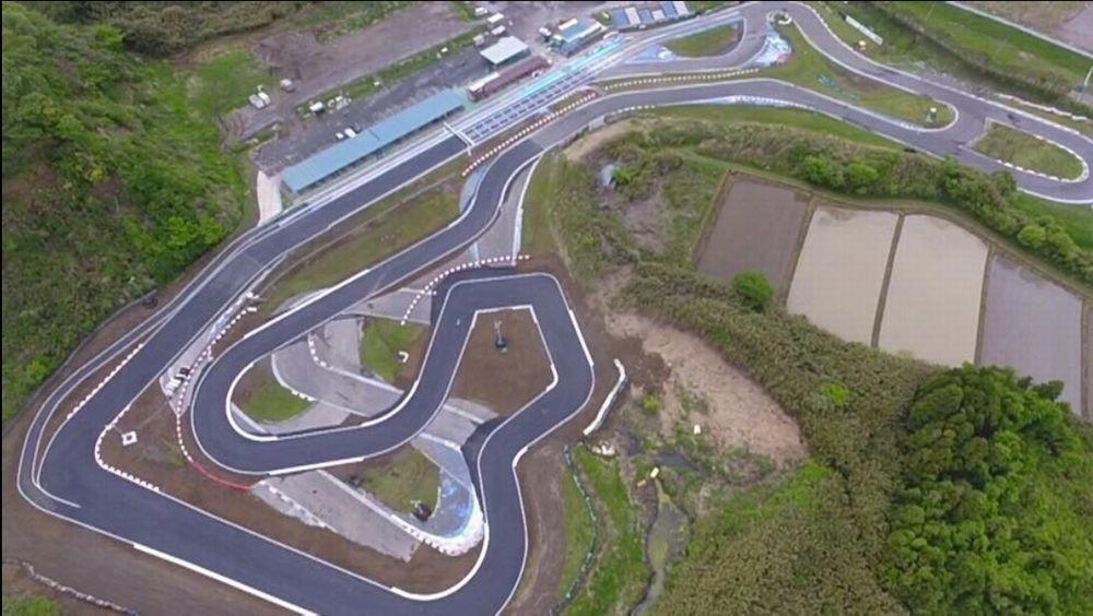 「元F1レーサー井出有治がカートコース「新東京サーキット」オーナーになってやりたいこととは?」の2枚目の画像