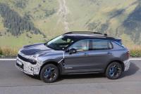 Lynk&Co、ボルボXC40と兄弟SUVの「01」を大幅改良へ! - Lynk&Co 01 Facelift 7