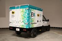 実は日本初!クロネコヤマトの新しいトラックは宅配専用EVトラックだ - J5DA5641