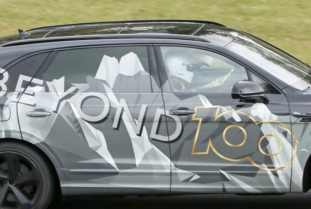 「ベントレー「Beyond100」プラン初のモデル、ベンテイガ「EWB」がニュルで高速テスト」の8枚目の画像