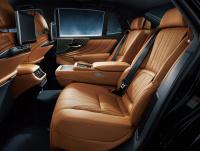 新型レクサスLSに採用された新ボディカラーの「銀影(ぎんえい)ラスター」とは?【新車】 - Lexus_LS_20201119_13