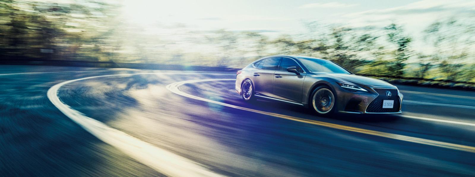 「レクサスLSがビッグマイナーチェンジ。乗り心地や静粛性の向上など、快適性をさらにアップ【新車】」の2枚目の画像