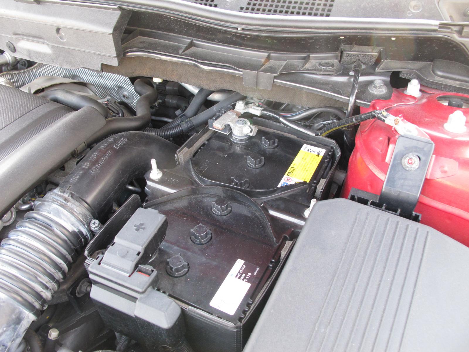 冬はバッテリー上がりに注意! エンジンがかからない時の対処法とは?