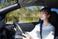 梅本まどかがインスタ・ドライブにGO!カロッツェリアの車載用Wi-Fiルーターでデータ容量無制限!!【DCT-WR100D】 - pioneer clicccar_4S5A1316a