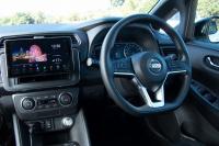 梅本まどかがインスタ・ドライブにGO!カロッツェリアの車載用Wi-Fiルーターでデータ容量無制限!!【DCT-WR100D】 - pioneer clicccar_P1290346a