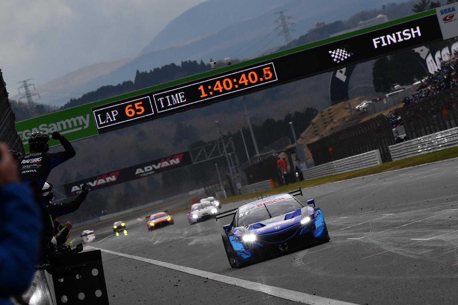 「歴史に残る大激戦! Class 1元年をFRに生まれ変わったNSX-GTが大逆転で制する【SUPER GT 2020】」の7枚目の画像
