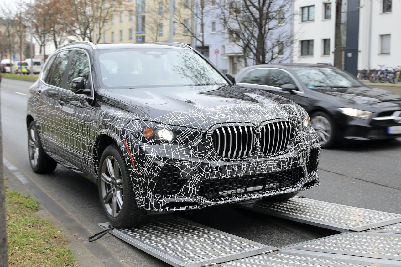 BMW X5が大幅改良へ! プロトタイプの初スクープに成功