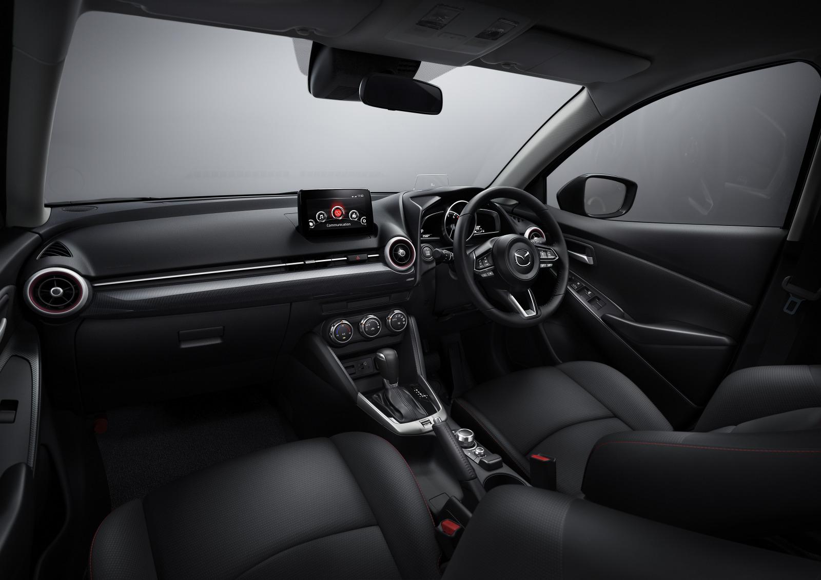 「MAZDA 2に上質でスポーティな特別仕様車の「BLACK TONE EDITION」が登場」の1枚目の画像