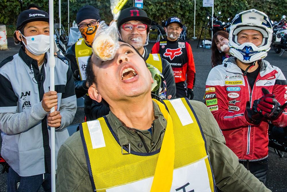 「豪華タレント陣がサーキットラン&けん玉にパン食い競争 !?【つるの剛士の「乗るのたの士」オールスター感謝祭・バイク大運動会編】」の13枚目の画像