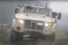 地雷を踏んでも生きて帰れる!これがハンヴィー(HMMWV)の後継車「JLTV ...