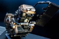 ファン喝采!!インド生まれのジクサーには復活したスズキ伝統の油冷エンジン搭載【スズキ ジクサーSF250・概要編】 - zixxerSF250_02