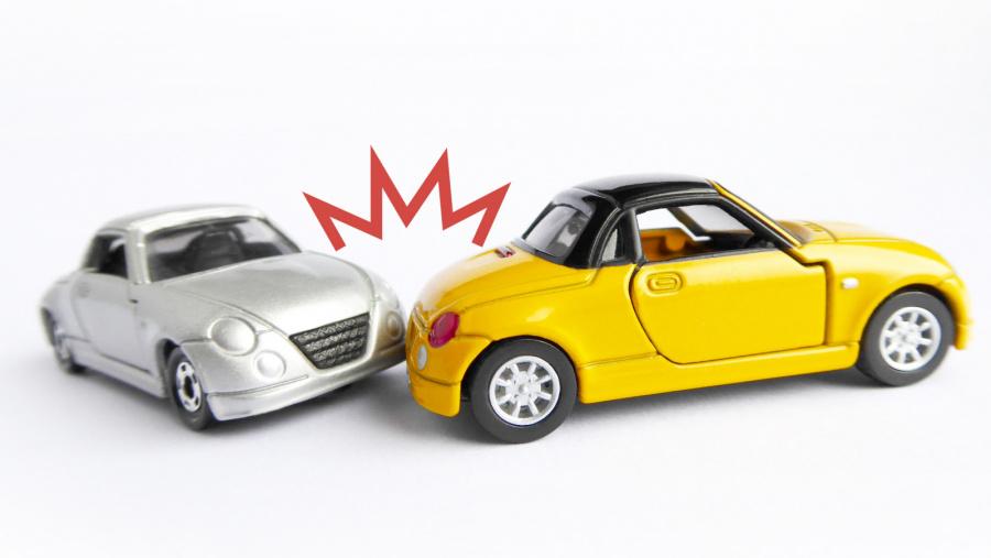 ドライバー1000人中ヒヤリ体験8割で事故経験者も約半数