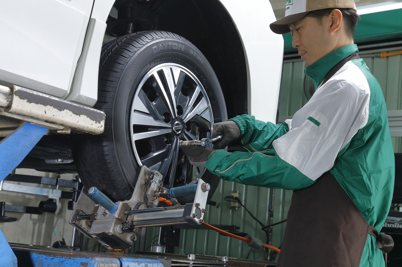「ブリヂストンの新しいタイヤの買い方「Mobox」。 1本ダメになっても4本交換のパンク補償やメンテも付いて月々1,408円から!」の5枚目の画像