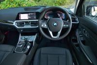 BMW 3シリーズツーリングに加わった「素の」318i ツーリングは、スポーティな走りが光る - bmw_3series_touring_20201222_5