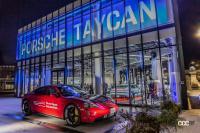 流行最先端の街、原宿でポルシェ・タイカンを文字通り「タイカン」してきた! - Porsche Taycan Harajuku