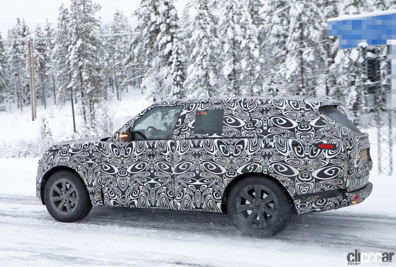 「プレミアムSUVの代名詞・レンジローバーの次期型はBMW製V8で豪雪を激走中」の8枚目の画像