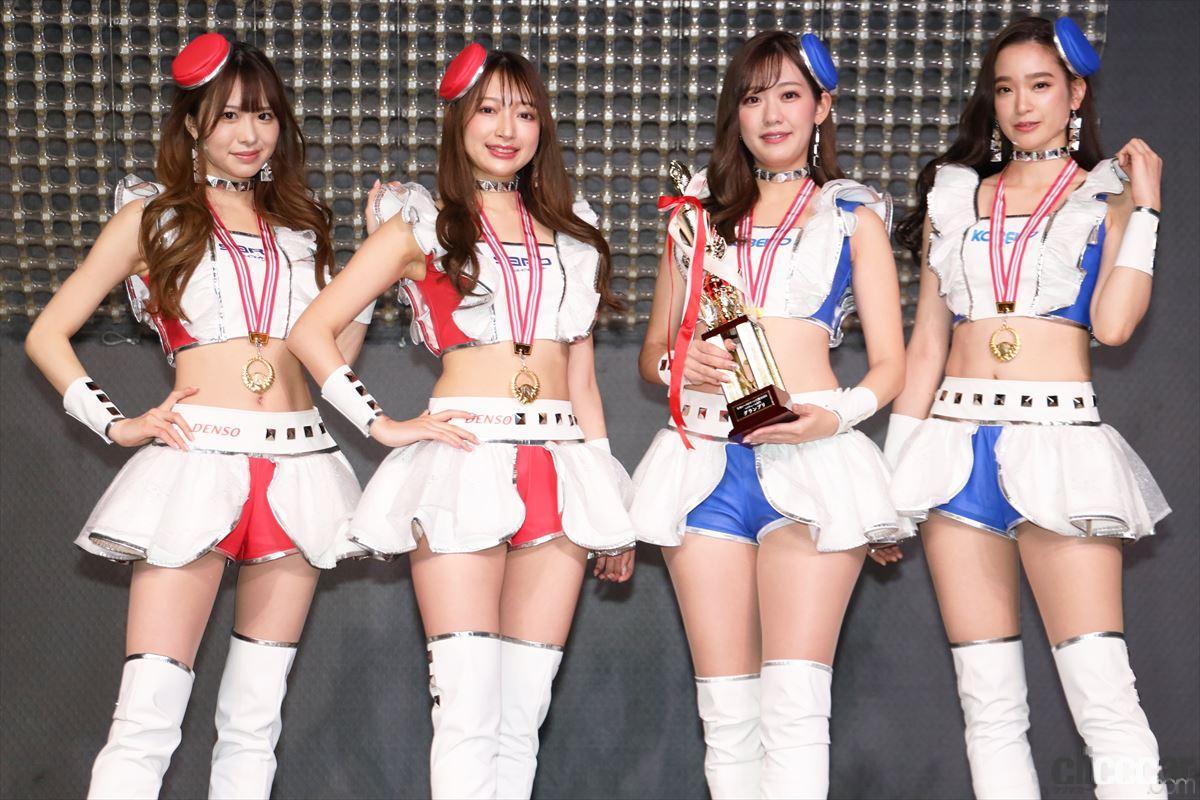 グランプリ受賞のKOBELCO GIRLS/SARDイメージガール