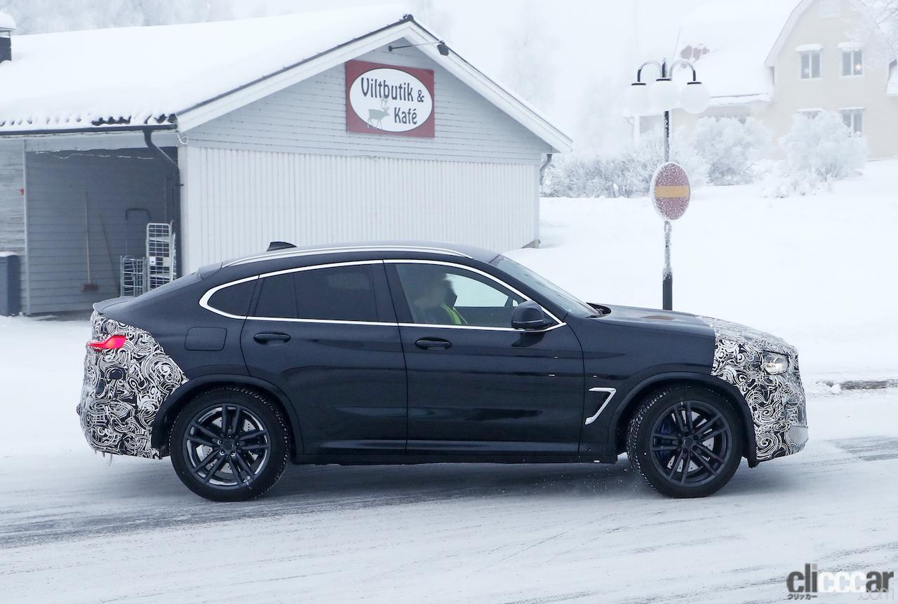 「グリルは「ソコソコ」拡大。BMW X4M改良新型、ブルーブレーキキャリパー初装着!」の9枚目の画像
