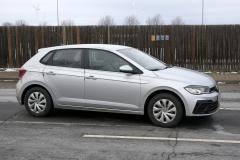 VW ポロ_008