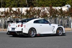 R35 GT-R Whiteのリヤビュー