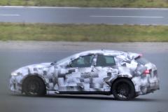 フェラーリ SUV_008