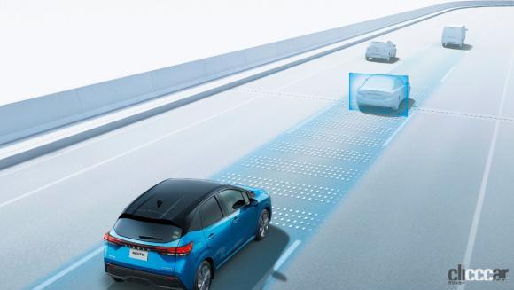 いまどきのコンパクトカーや軽自動車に付いている先進で超便利な装備