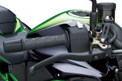 カワサキ新型Z H2 SEの電子制御サスペンションが凄い