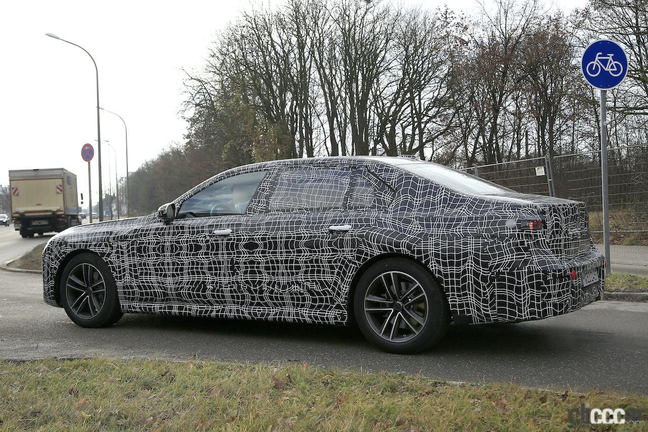 「BMW 7シリーズ次期型、EVのトップモデルには600馬力「i7M60」」の15枚目の画像