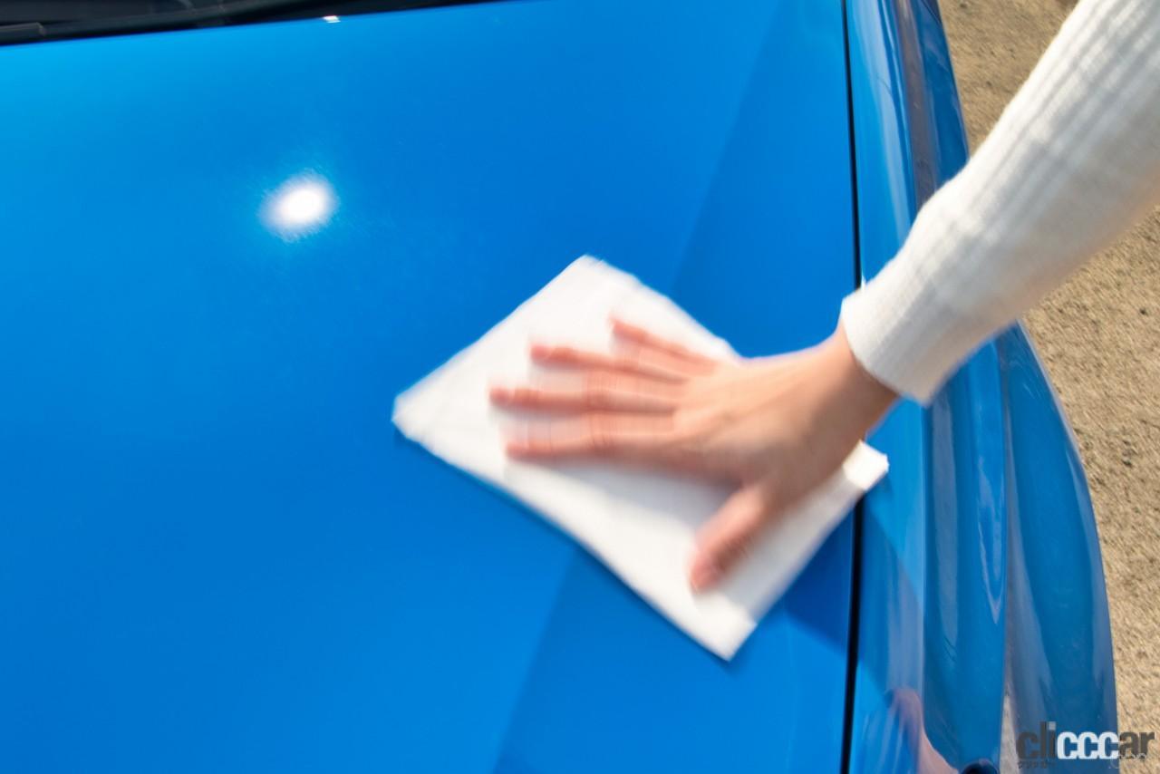 「今度のフクピカはボディも窓も一緒に拭けて、撥水もOK! 話題の新商品の性能がどれだけ凄いのか実際に試してみた!!」の6枚目の画像