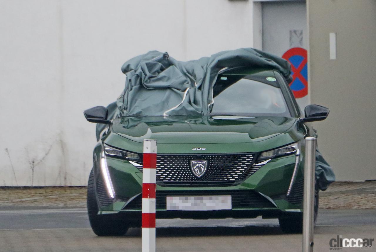 「新ライオンロゴも装着されるプジョー308次期型、衝撃のフルヌード公開!」の1枚目の画像