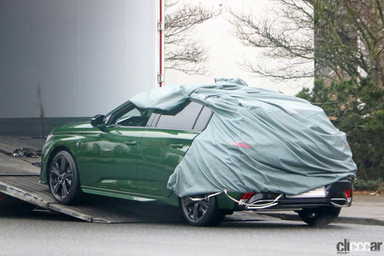 「新ライオンロゴも装着されるプジョー308次期型、衝撃のフルヌード公開!」の11枚目の画像