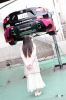 奈々美さんと愛車の86
