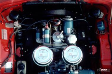 1965年発売のトヨタスポーツ800 空冷エンジン