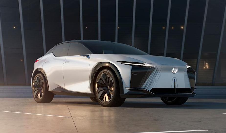 「レクサスが2025年までに10モデル以上のEV、PHV、HVなどの約20車種の新型や改良モデルを投入へ」の1枚目の画像