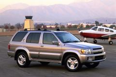 1996年発売のQX4