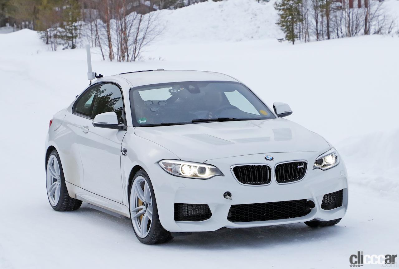 「BMWの高性能モデル「M」に初のフルEV設定か!? プロトタイプを激写」の3枚目の画像