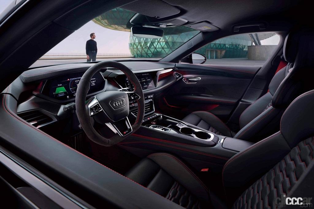 「アウディのEVらしい先進的でクールなエクステリアが際立つ「Audi e-tron GT」が日本初公開」の5枚目の画像