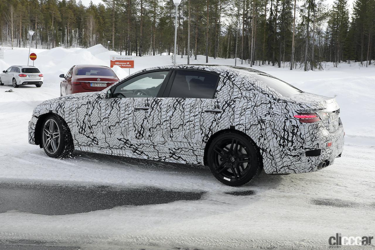 「メルセデスAMG C43、新型モデルは電動化で最大416馬力に向上!」の8枚目の画像