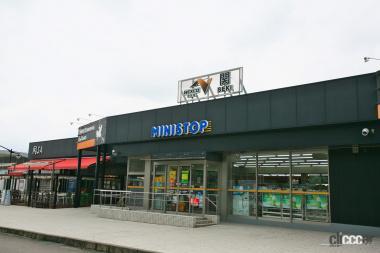 関サービスエリア02